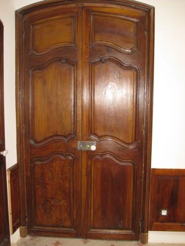 r alisations antiquit marseille pougin antiquaire marseille meubles et d corations. Black Bedroom Furniture Sets. Home Design Ideas